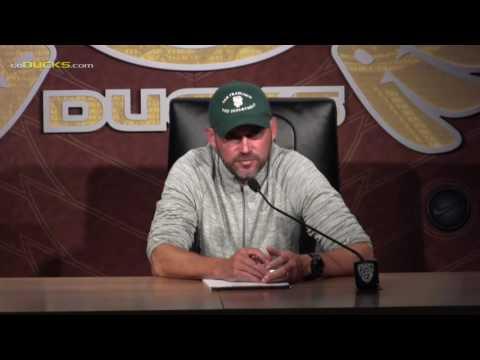 Mark Helfrich Reviews Game at Nebraska
