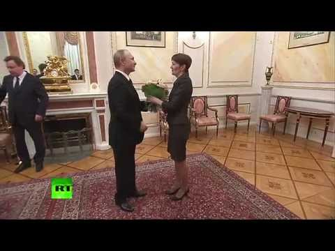 Владимир Путин посетил самарский хлебобулочный комбинат и