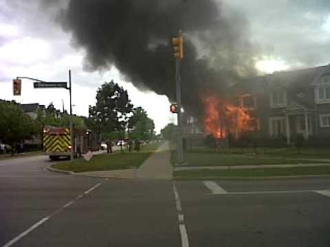 house in pickering on fire