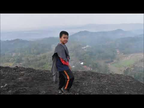 Gunung Api Purba (song by Coldplay-paradise & coldplay- viva la vida