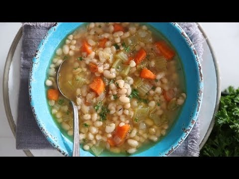 Mom's Navy White Bean Soup