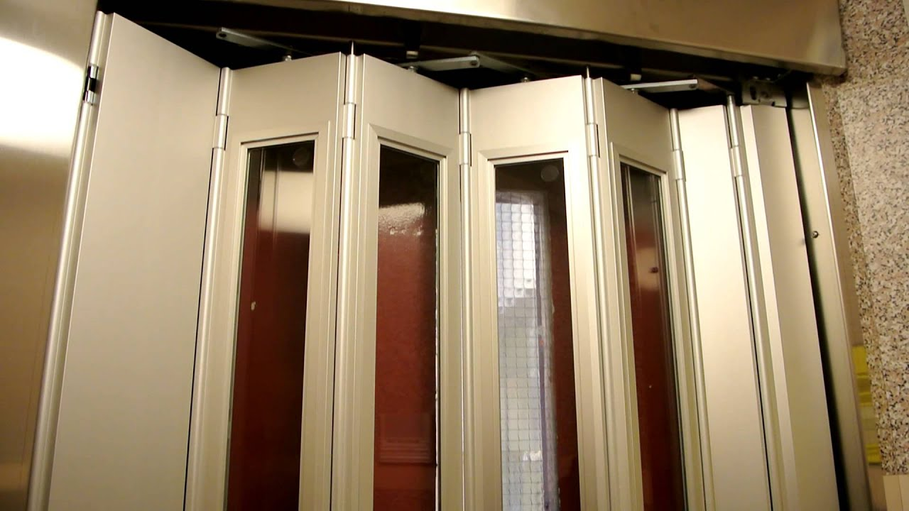Another old elevator with manual doors (mb. OTIS) @ Djäknegatan 2A Malmø Sweden - YouTube & Another old elevator with manual doors (mb. OTIS) @ Djäknegatan 2A ... Pezcame.Com