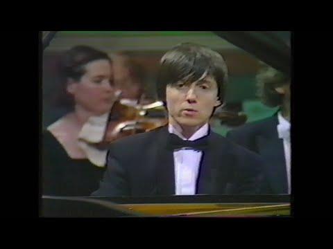 Leeds Piano Competition 1990 (part 1 of 4): Balázs Szokolay Schumann Piano Concerto, etc