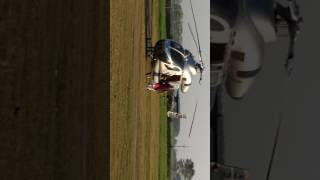 Video Landing of helicopter in thekma download MP3, 3GP, MP4, WEBM, AVI, FLV April 2018