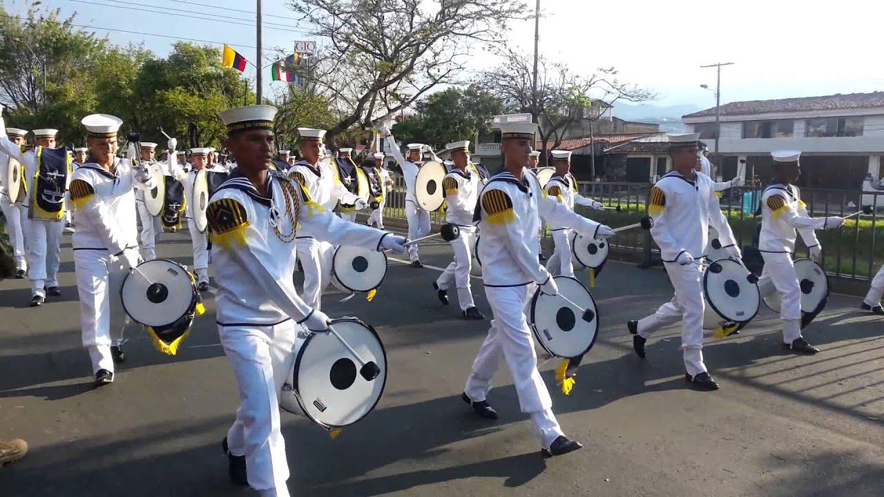 Desfile militar 3 julio 2013 independencia de cali parte 1 for Jardines 20 de julio bogota