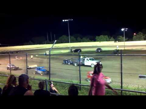 Dwarf race creek county speedway part 1 august 9 2