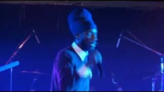 Sizzla(Live HQ)NOV2009-Why should I/Woman I need you/Irresistible/Lately