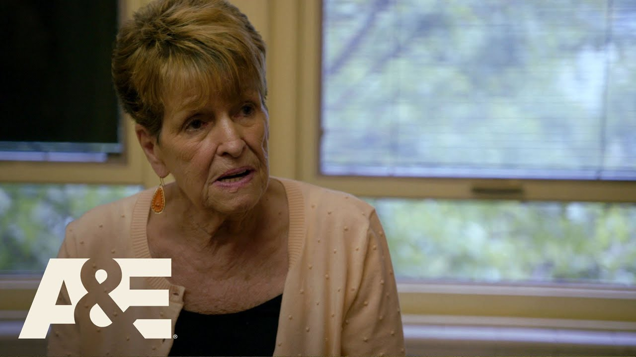 Download Wahlburgers: Visiting St. Mary's Center (Season 5, Episode 6)   A&E