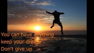 子供の頃僕はヒーローになれるって思ってた 夢と希望に溢れていた 毎日が輝...