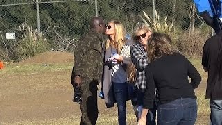 X17 EXCLUSIVE: Heidi Klum And Seal Exchange A Kiss At Kids' Football Game