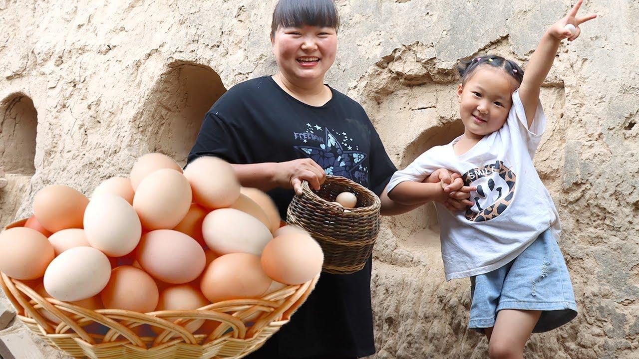 """【陕北霞姐】鸡窝里多了很多鸡蛋,拿来做""""鸡蛋炒细粉"""",颜色鲜艳又美味,可美了!"""