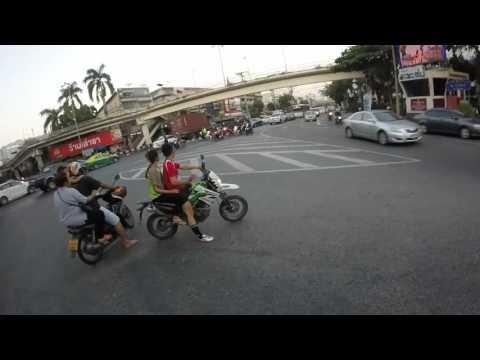 By bike, I go to Wat Klong Toey Nork on 14 Mar 2016