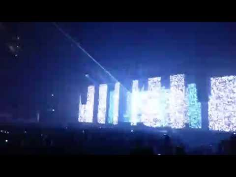 "Jean Michel Jarre, Encore, ""Stardust"", O2 London, 7th October 2016 HD"