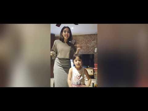 Tik Tok Goyang Mama Muda Versi Artis Indonesia