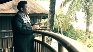 The Familyman Feat.  Bob Yusof - Rintihan (Official Music Video)