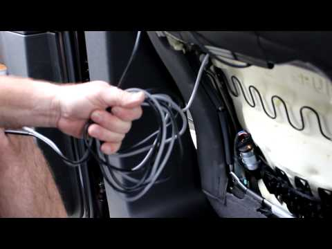 Rosen AV7900 Dual DVD Installation video.MOV - YouTube on