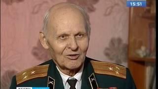Выставка фотографий военной истории иркутского лётчика открылась в усадьбе Сукачёва(, 2017-04-28T08:22:58.000Z)