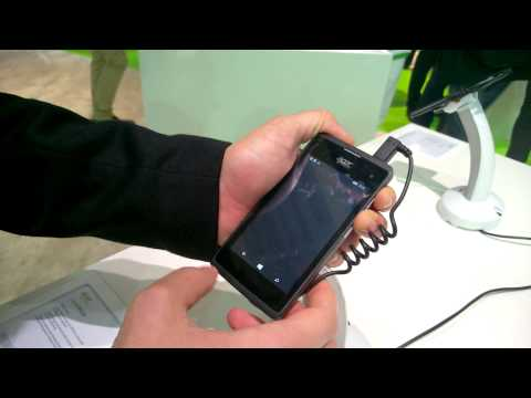 Hands-on Acer Liquid M220 italiano e Acer Liquid Leap+
