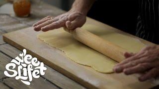 Как приготовить классическое песочное тесто || Sweet Life - Сладкая Жизнь на FOOD TV(Классическое сладкое песочное тесто идеально подходит для приготовления печенья, тартов или коржей для..., 2015-08-27T07:12:42.000Z)