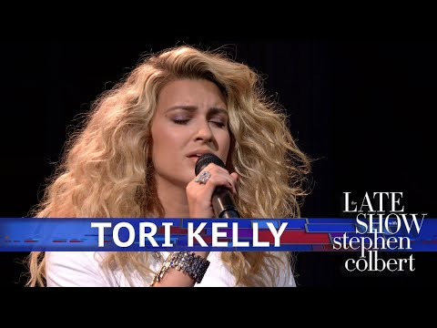 Tori Kelly Performs 'Sorry Would Go A Long Way'