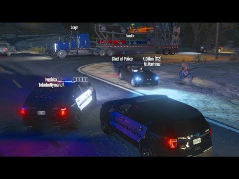 GTA 5 fiveM RolePlay - I Called 911 and SAVED HIM!!