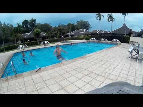 Eco village swimming pol! Seru..