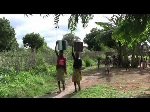Village ladies undressing — img 15
