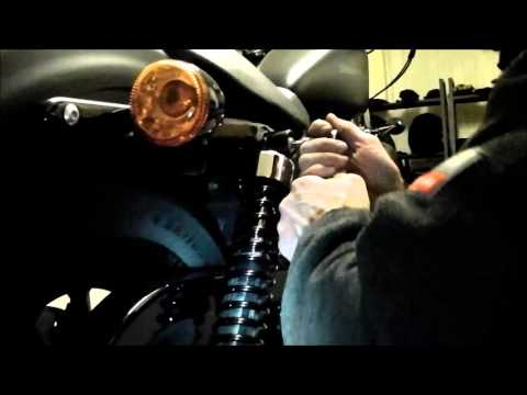 Delboy's Garage, Harley Sportster, Fitting Suspension Lowering Blocks.