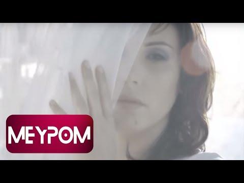 Funda Arar - Bu Sabah Güneş Doğmuyor (Official Video)