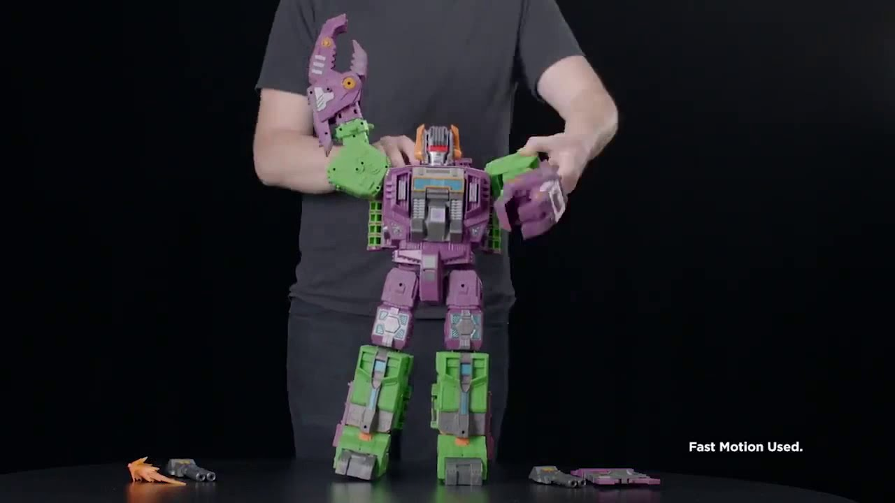 Earthrise Titan Class Scorponok Official Transformation Video
