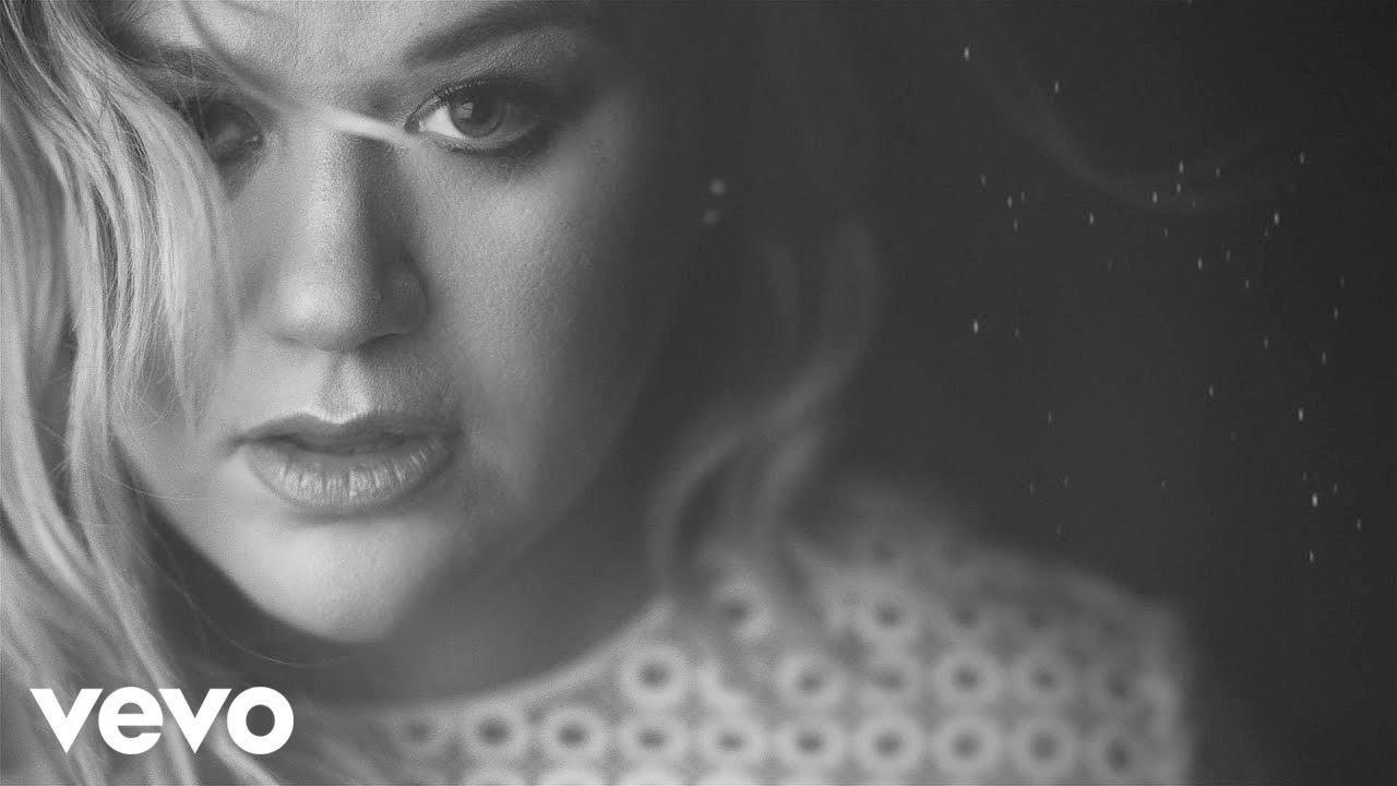 Kelly Clarkson Piece By Piece Official Music Video