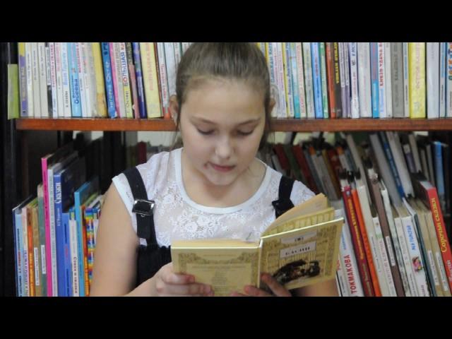Изображение предпросмотра прочтения – КираШабдирова читает произведение «Ворона и Лисица» И.А.Крылова