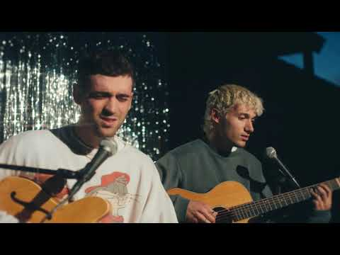 Alexander 23, Jeremy Zucker - Nothings The Same [Acoustic]