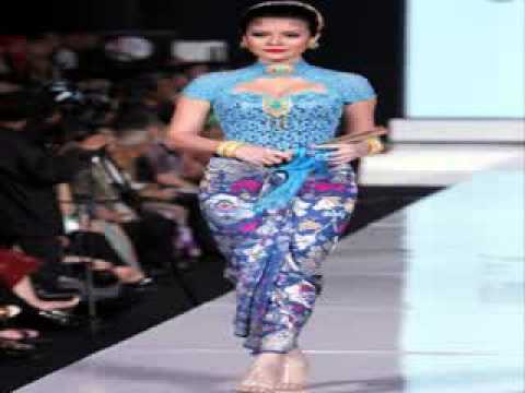 Model Kebaya Modern Rancangan Ivan Gunawan