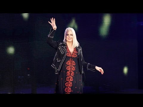 Maryse Entrance RAW 25 Years