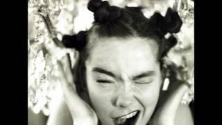 Björk - Big Time Sensuality (The Fluke Moulimix - 117BPM)