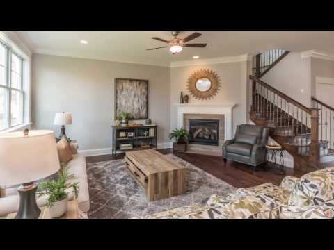 2-Minute Tour: Custom Home in Palatine, IL from David Weekley Homes