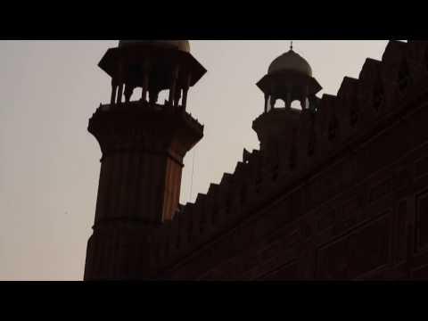 Badshahi Mosque Front View 31 Dec 2016 Lahore Pakistan