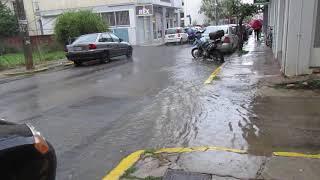 Καλαμάτα: Ξανά... ποτάμι η Φαρών