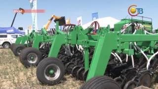День поля вновь объединил всех аграриев Ставрополья(Сегодня в Шпаковском районе проходит одно из самых значимых агропромышленных событий - выставка сельхозте..., 2016-08-12T12:48:44.000Z)