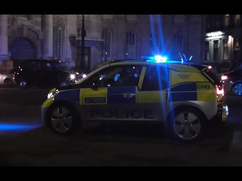 NEW Metropolitan Police BMW i3 Incident Response Vehicle on Blues