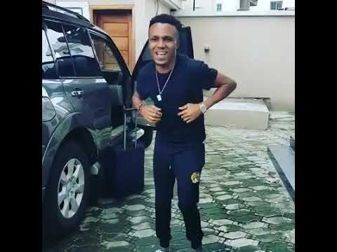 HUMBLESMITH DANCING TO HIS SONG ABAKALIKI 2 LASGIDI FEATURING OL