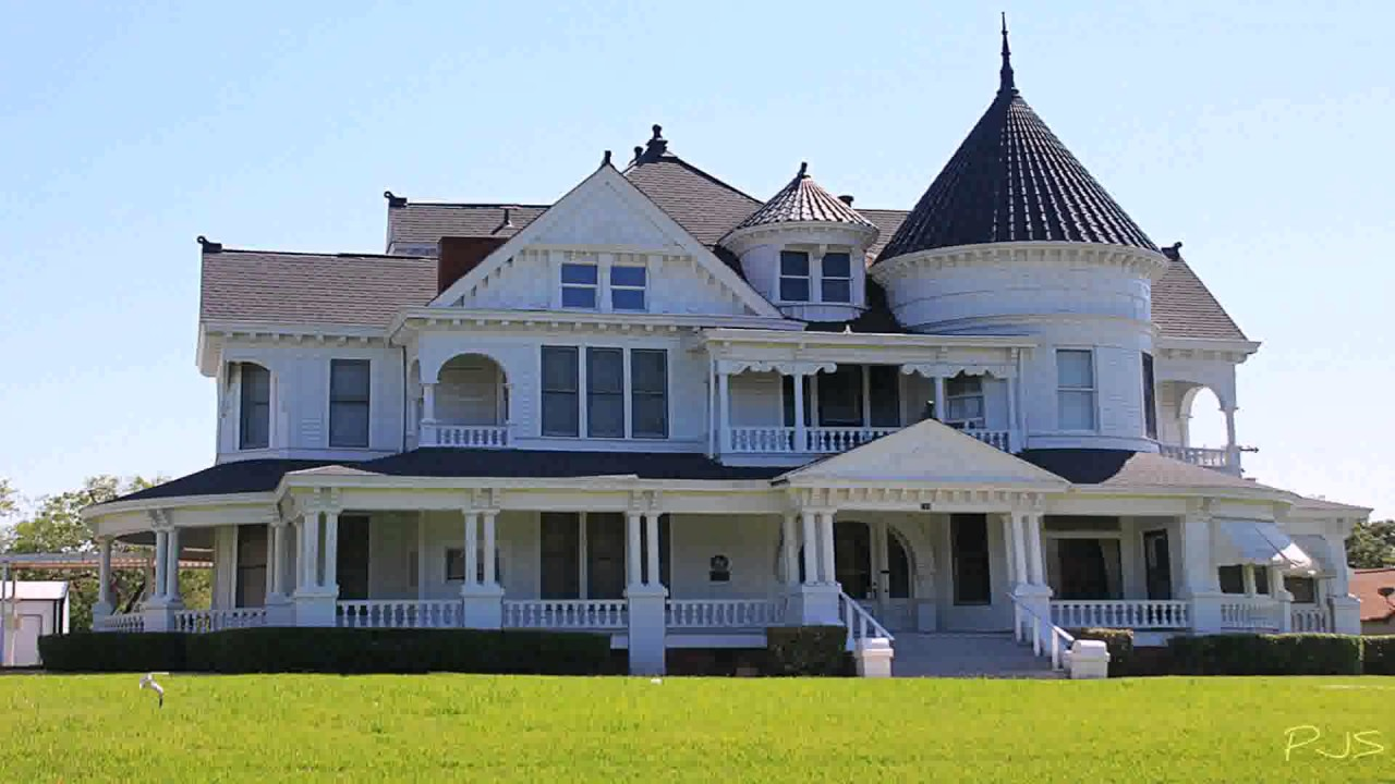 Victorian style house designs youtube for Victorian themed house