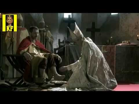 Charlemagne is crowned emperor