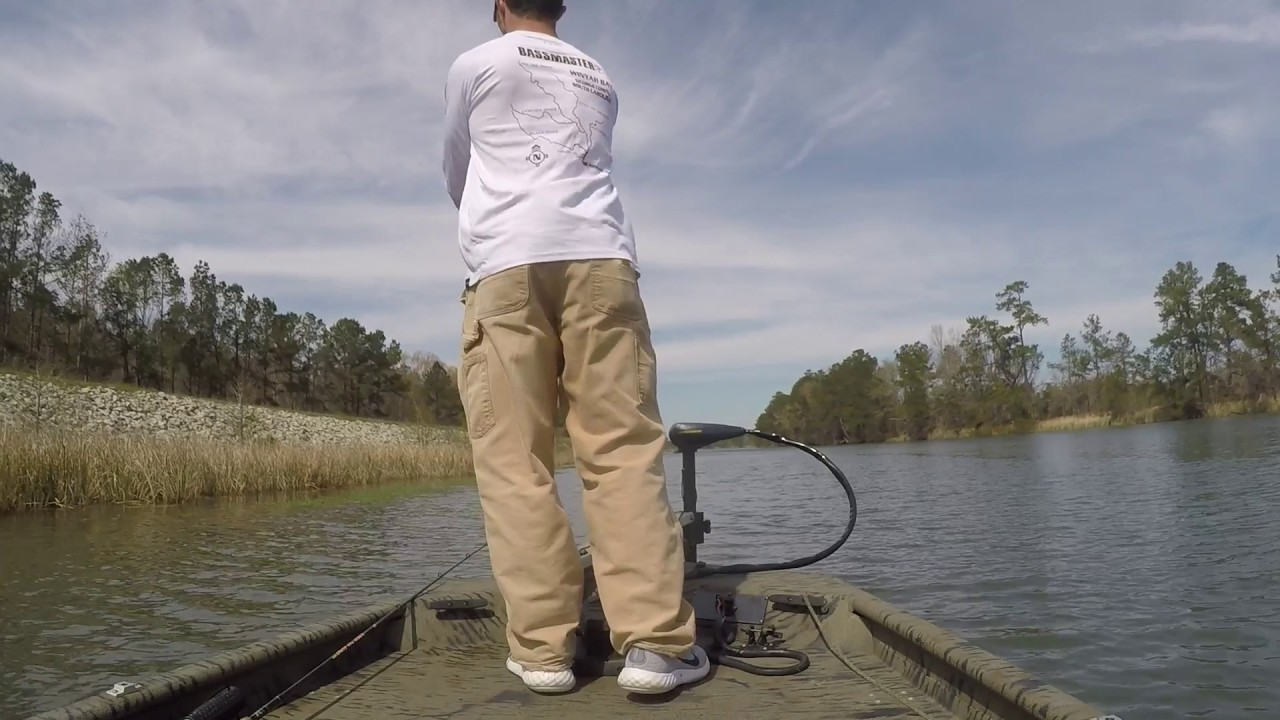 B flow outdoors moultrie bass fishing youtube for Lake moultrie fishing report