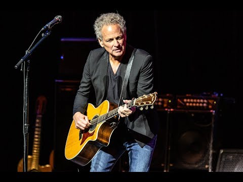Fleetwood Mac's Lindsey Buckingham Has Heart Surgery, Damages Vocal Cords