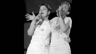 Признавам - Маријана и Росана