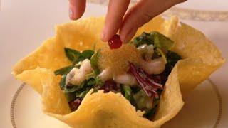 Салат из креветок, мидии в томатном соусе, киш с семгой | Детское меню