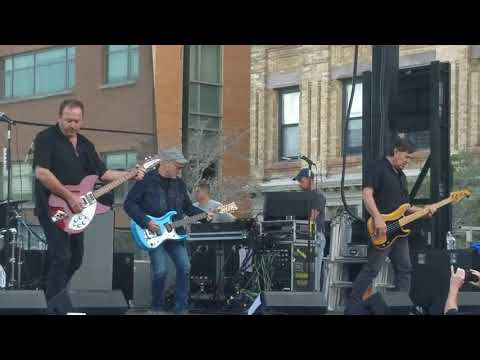 The Smithereens perform Behind the Wall of Sleep in Hoboken NJ 09/30/18