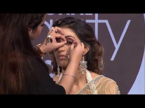 Demo of Temptu by Make-up expert Kangana Kochhar